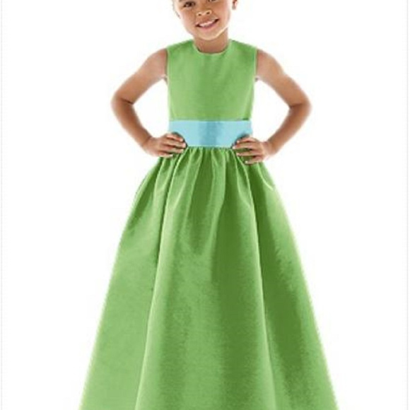 d332d6f39e Flower Girl Dress 4024....Appletini...Sz 4. Boutique. Dessy